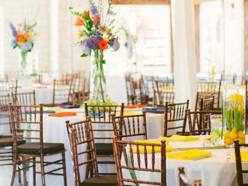 3 chiavari chair