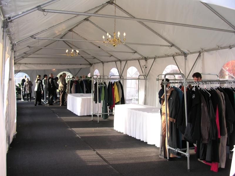 31 marquee tent with floor