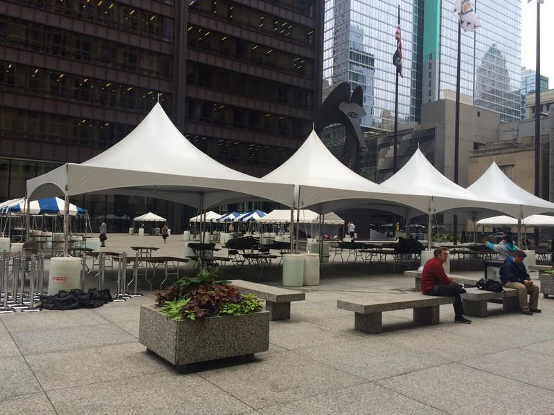 7 Chicago tents