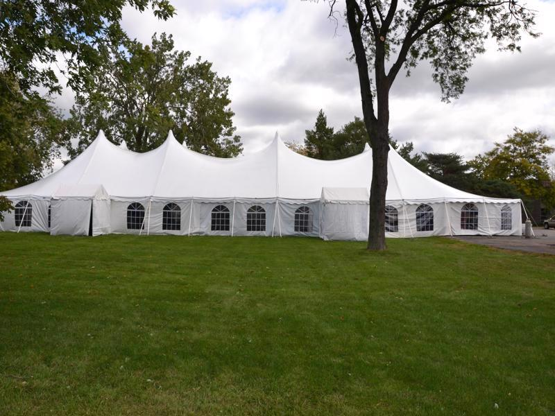 1 pole tent with windows
