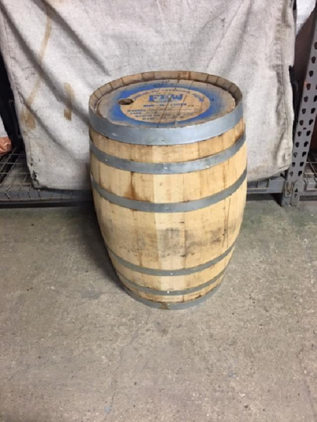 Where to rent RUSTIC BARRELL 36 x24  55 gal in Glenview IL, Skokie,  Wheeling Illinois and Chicagoland