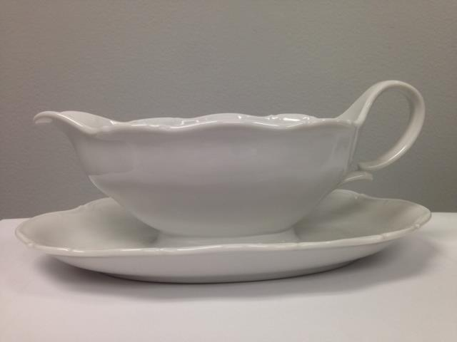 Where to find CHINA GRAVY BOAT - LARGE - WHITE in Chicago