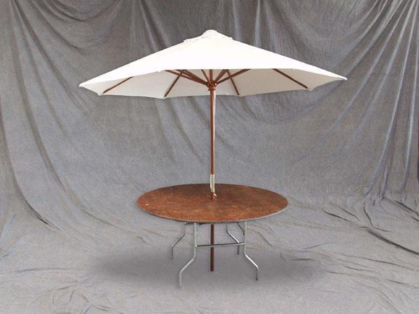 Where to find UMBRELLA KIT w  42  RD TABLE in Chicago