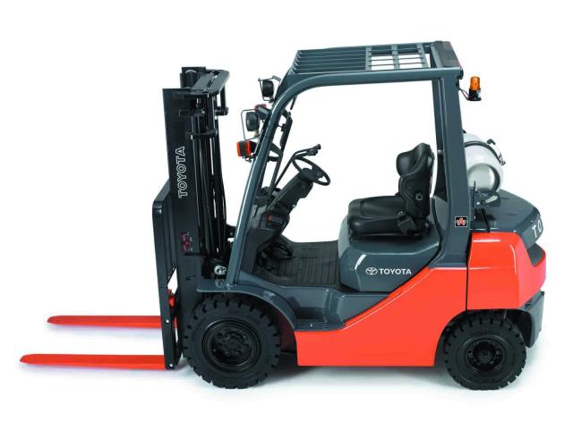 Where to find LIFT, FORKLIFT 5000 LB  GAS or  L.P. in Chicago