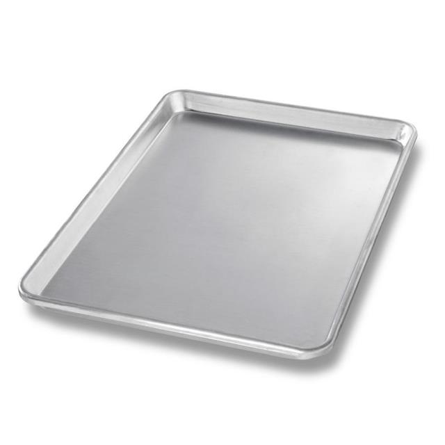 Where to find SHEET PAN, 1 2 sheet 18  x 13 in Chicago